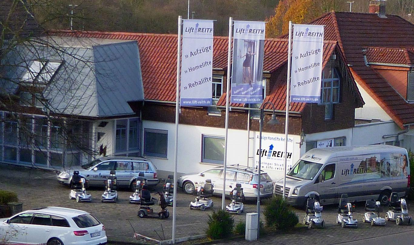 Lift Reith - Ihr Spezialist in allen Fragen rund um die Produkte Homelift, Treppenlift, Hubbühne und Elektromobile