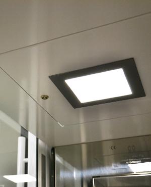 Umweltschonende LED-Beleuchtung für den Homelift BLH-D