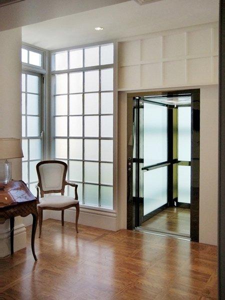 Der Homelift Frida installiert in einem Penthouse