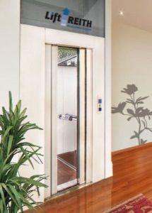 Der Homelift BLH-D von Lift Reith kann für diverse Behinderungen die perfekte alternative zum meist kostenintensiven Aufzug darstellen