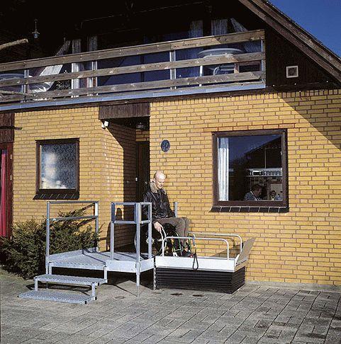 Behindertenaufzug BLM-LP-1 von Lift Reith