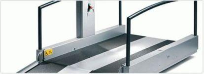 Die Innovation von Lift Reith - vollautomatische Sicherheitstüren und Auffahrrampen für die Hebeplattformen