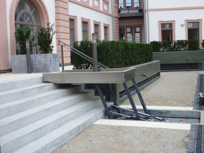 Der Hydrostar ist die ideale Zugangsmöglichkeit für Rollstuhlfahrer