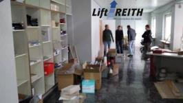 Einzug in die neuen Büroräume